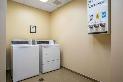 Guest laundry facilities | Comfort Suites Gulfport