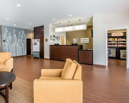 Beautifully decorated hotel | Mainstay Suites Meridian