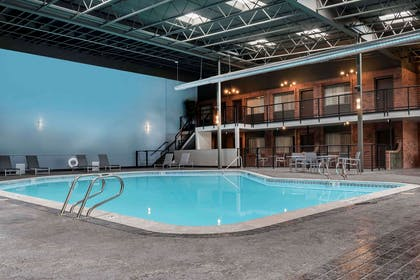 Indoor pool | Copper King Convention Center, Ascend Hotel Collection