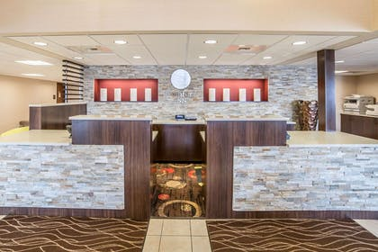Front desk with friendly staff | Comfort Inn Gateway to Glacier