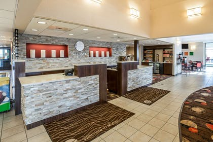 Hotel lobby | Comfort Inn Gateway to Glacier