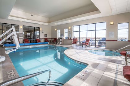 Indoor pool with hot tub | Comfort Inn Gateway to Glacier