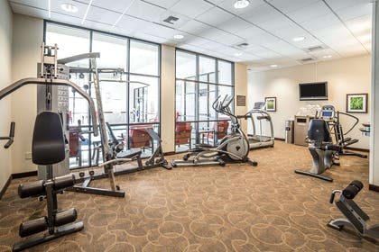 Fitness center | Comfort Inn Gateway to Glacier