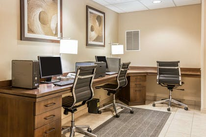 Business center | Comfort Inn Gateway to Glacier