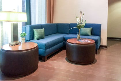 Newly renovated lobby seating area   Comfort Suites Regency Park