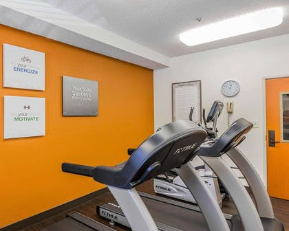 Fitness center | Comfort Suites Boone - University Area