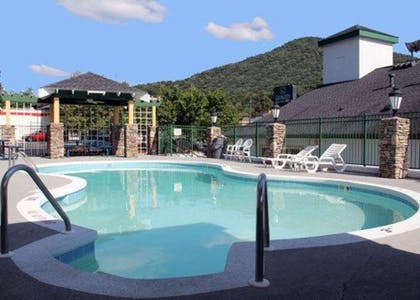 Outdoor pool with view   Quality Inn & Suites Biltmore East