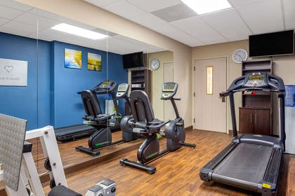 Fitness center | Comfort Suites Raleigh - Knightdale