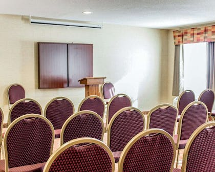 Meeting room | Quality Inn Raleigh Downtown