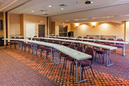 Large space for receptions, parties, anniversaries and business meetings | Comfort Inn & Suites Statesville - Mooresville