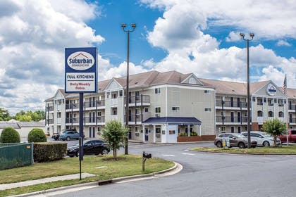 Suburban Extended Stay SE hotel in Charlotte, NC | Suburban Extended Stay Hotel Charlotte-Ballantyne