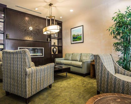 Lobby with fireplace | Comfort Suites Lake Norman - Huntersville