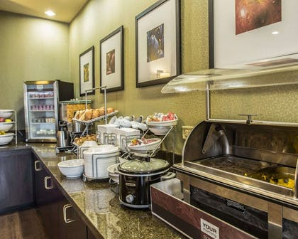 Hot and cold breakfast buffet | Comfort Suites Lake Norman - Huntersville