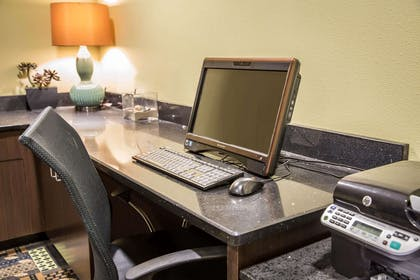 Business center | Comfort Suites New Bern near Cherry Point