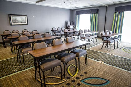 Meeting room | Comfort Suites New Bern near Cherry Point