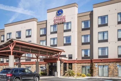 Hotel exterior | Comfort Suites New Bern near Cherry Point