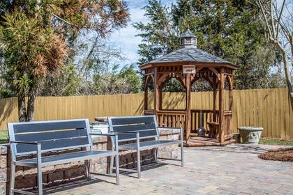 Relax in the hotel's gazebo | Comfort Inn & Suites Kannapolis - Concord