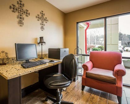 Business center with free wireless Internet access | Comfort Inn Biltmore West