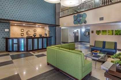 Spacious lobby with sitting area   Comfort Suites Pineville - Ballantyne Area