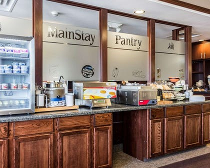 Free continental breakfast | MainStay Suites