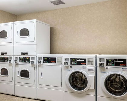 Guest laundry facilities | MainStay Suites