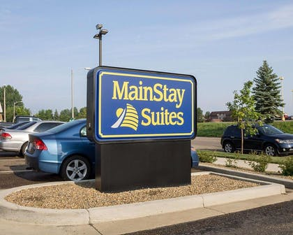 MainStay Suites hotel in Bismarck, ND | Mainstay Suites