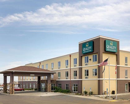 Quality Inn and Suites hotel in Minot, ND | Quality Inn & Suites