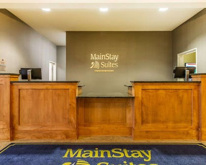 Front desk | MainStay Suites Stanley