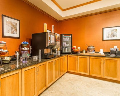 Breakfast counter | MainStay Suites Stanley