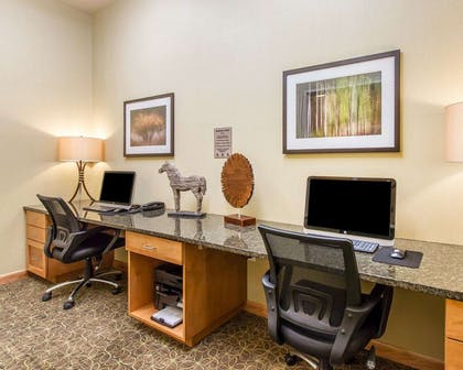 Business center | MainStay Suites Stanley