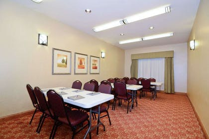 Meeting room   Quality Inn and Suites