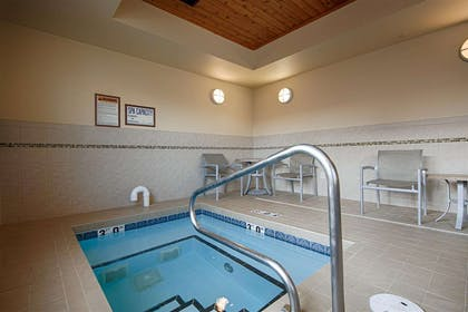 Indoor hot tub   Quality Inn and Suites