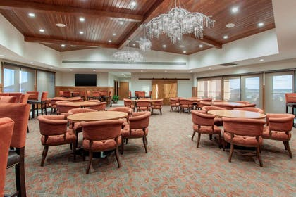 Dining room | Norfolk Lodge & Suites, an Ascend Hotel Collection Member