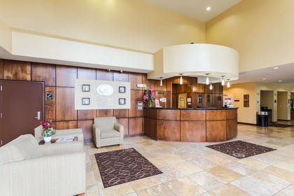 Hotel lobby | Comfort Suites East
