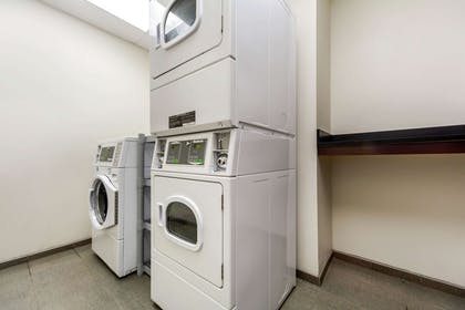Guest laundry facilities | MainStay Suites University