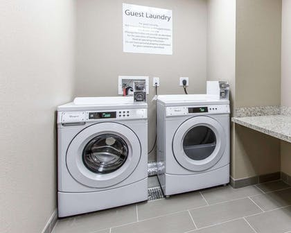 Guest laundry facilities | Comfort Suites West Omaha