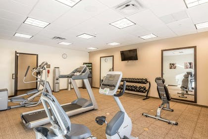 Exercise room | Comfort Inn & Suites Sidney I-80