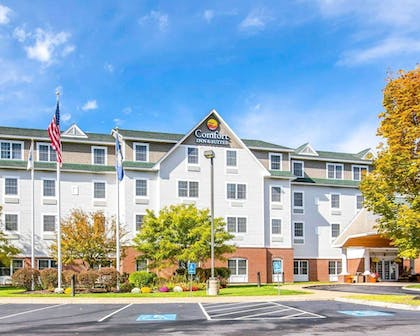 Comfort Inn and Suites Dover, NH | Comfort Inn & Suites Dover-Portsmouth