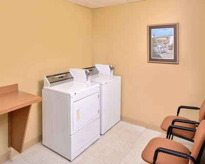 Guest laundry facilities | Comfort Inn & Suites Dover-Portsmouth