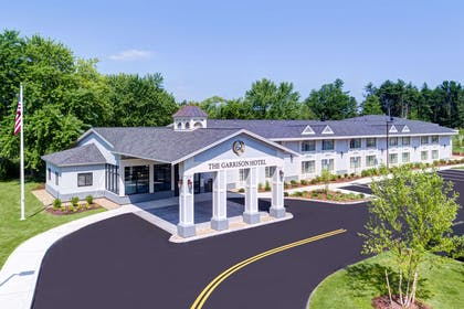 Hotel exterior | The Garrison Hotel & Suites Dover-Durham, Ascend Collection