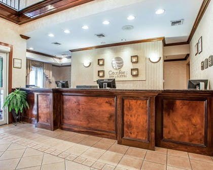 Front desk with friendly staff | Comfort Inn And Suites