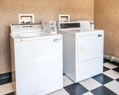 Guest laundry facilities | Comfort Inn - Midtown