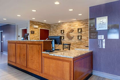 Front desk | Comfort Suites Las Cruces I - 25 North