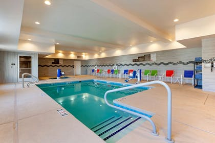 Indoor pool | Comfort Suites Las Cruces I - 25 North