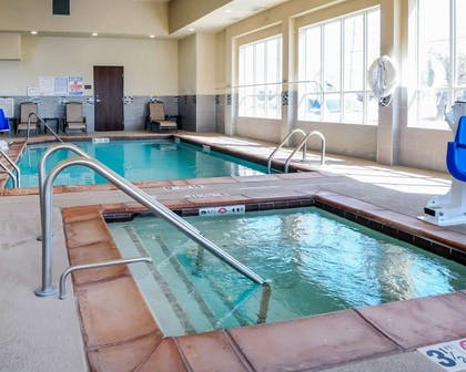 Indoor pool with hot tub | Comfort Inn & Suites Artesia