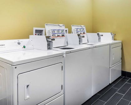 Guest laundry facilities | Comfort Inn & Suites Artesia