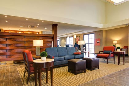 Lobby with sitting area | Comfort Suites Carlsbad