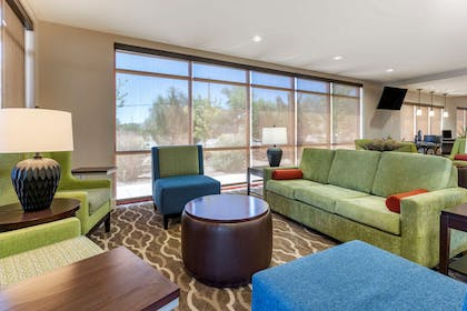 Lobby with sitting area   Comfort Suites Fernley