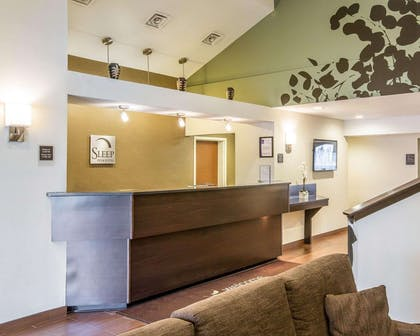 Front desk | Sleep Inn & Suites Queensbury - Glen Falls