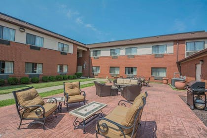 Picnic area with barbecue grills | Comfort Inn Corning